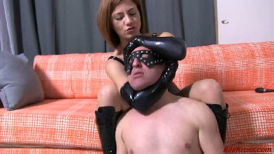 Choking My Slave with My Arms, Legs, and Ass! (part 4)