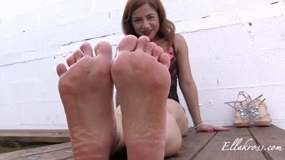 Fat Slave Properly Worships My Perfect Feet!